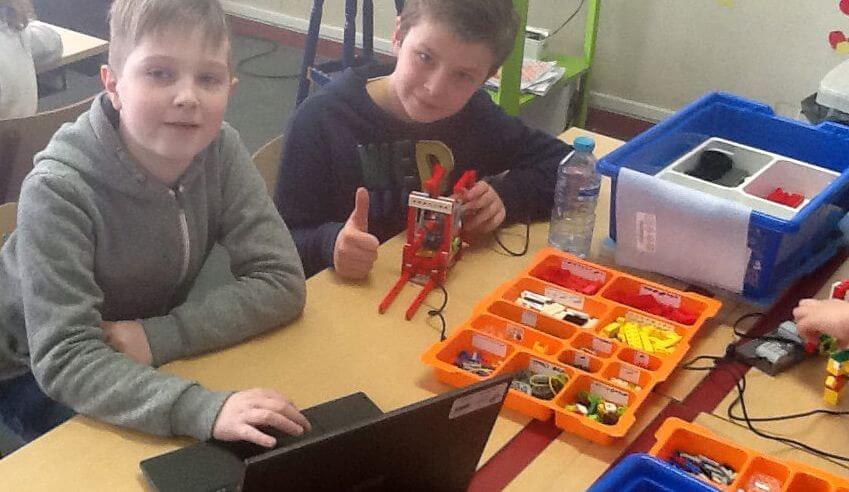 Bouwen en programmeren met LEGO WeDo